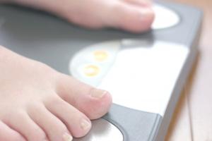 急激な体重の減少は逆に健康的ではありません